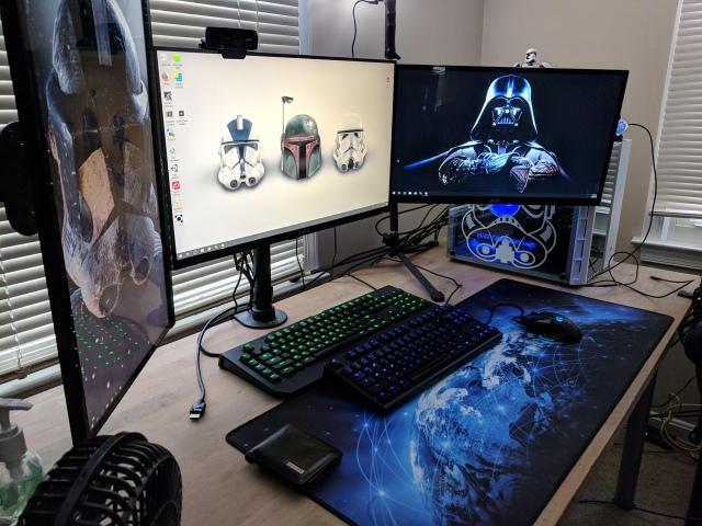PC_Desk_147_58.jpg