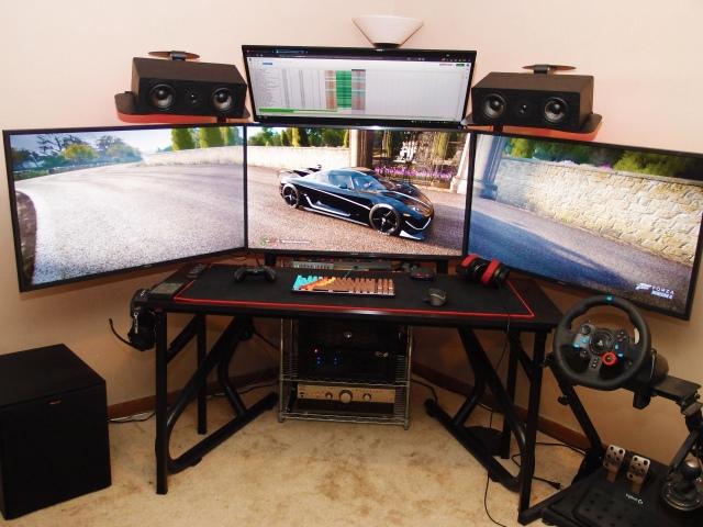PC_Desk_147_72.jpg