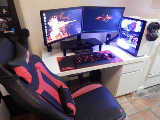 PC_Desk_147_73.jpg
