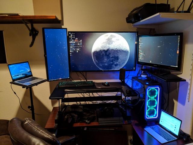 PC_Desk_147_91.jpg