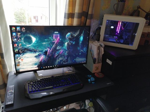 PC_Desk_147_95.jpg