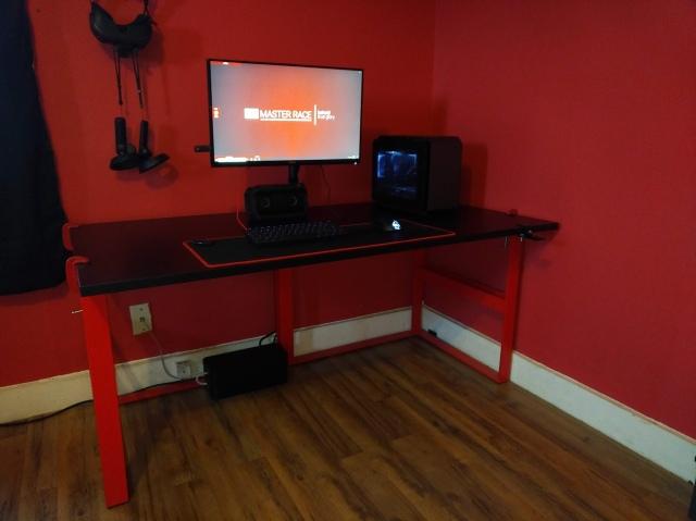PC_Desk_148_35.jpg