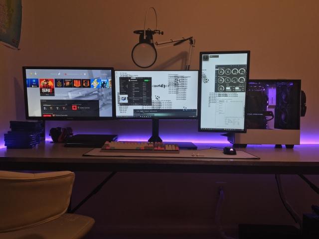 PC_Desk_148_40.jpg