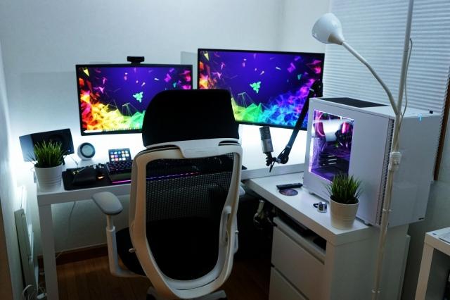 PC_Desk_148_64.jpg