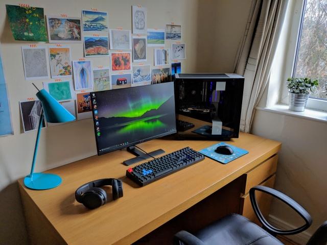 PC_Desk_148_75.jpg