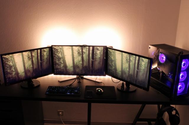 PC_Desk_148_89.jpg