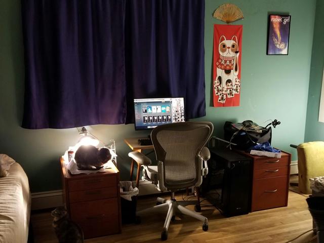 PC_Desk_149_08.jpg
