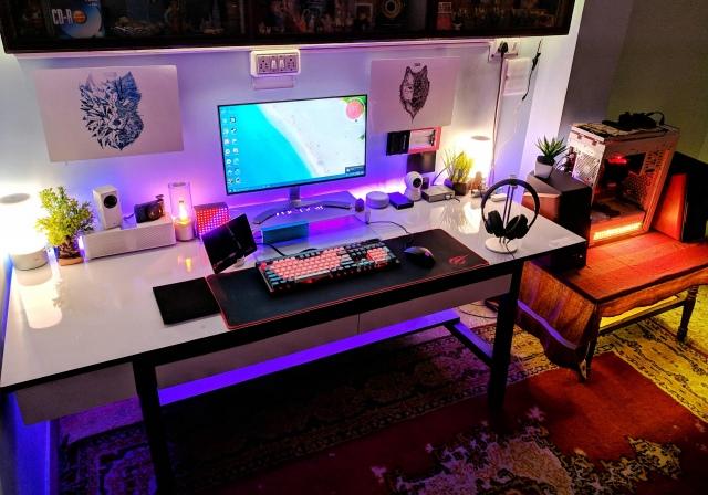 PC_Desk_149_37.jpg