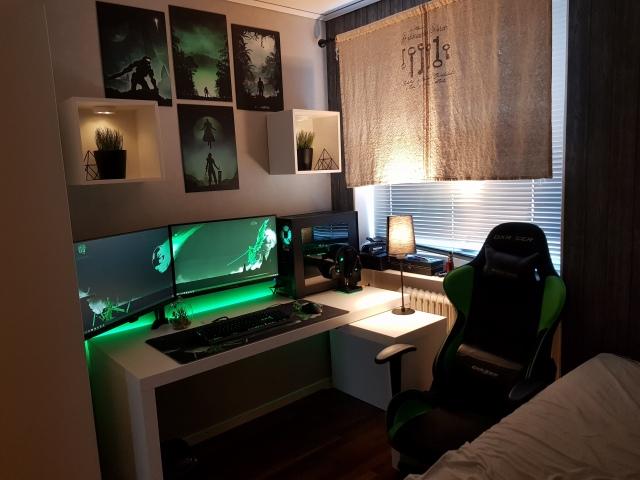 PC_Desk_149_54.jpg