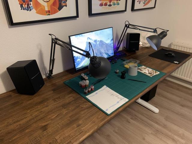 PC_Desk_149_55.jpg