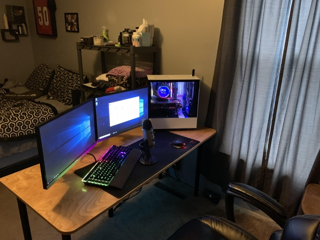 PC_Desk_149_67.jpg