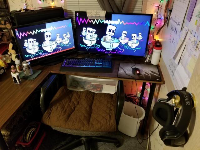 PC_Desk_149_81.jpg