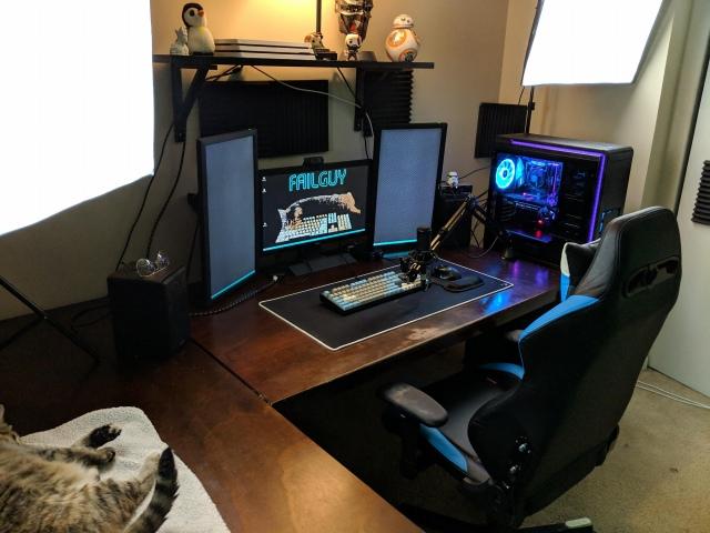 PC_Desk_149_89.jpg