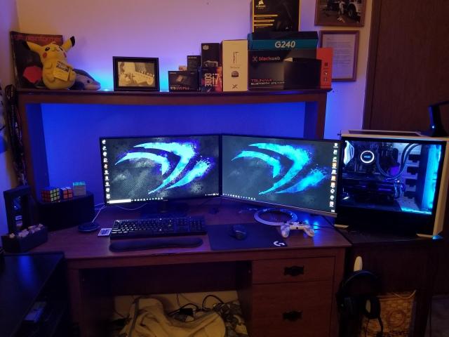 PC_Desk_150_53.jpg