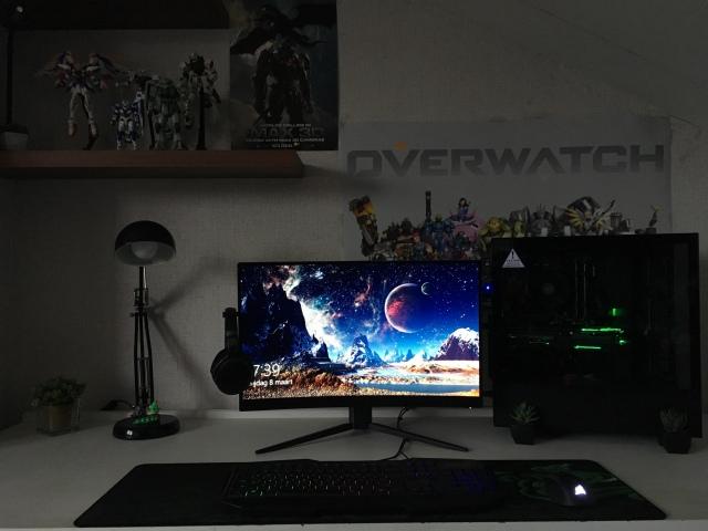 PC_Desk_150_56.jpg