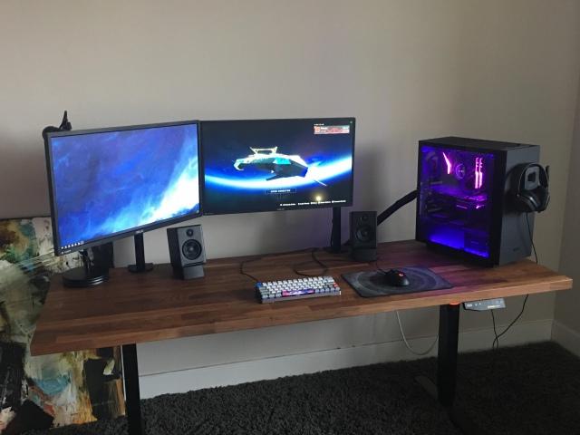 PC_Desk_150_88.jpg