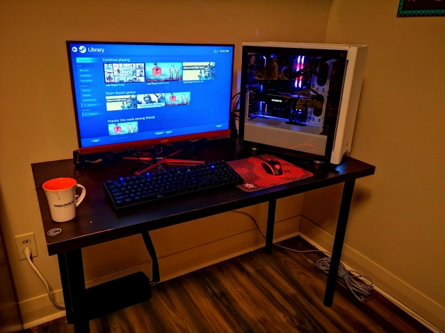 PC_Desk_152_14.jpg
