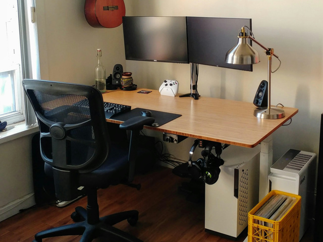 PC_Desk_152_26.jpg