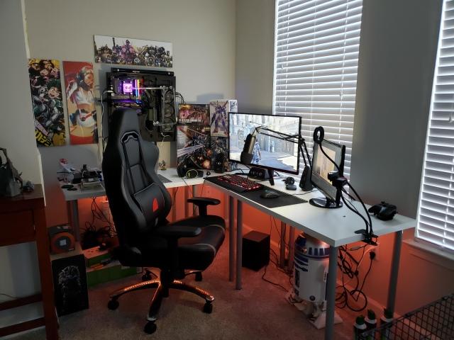 PC_Desk_152_40.jpg