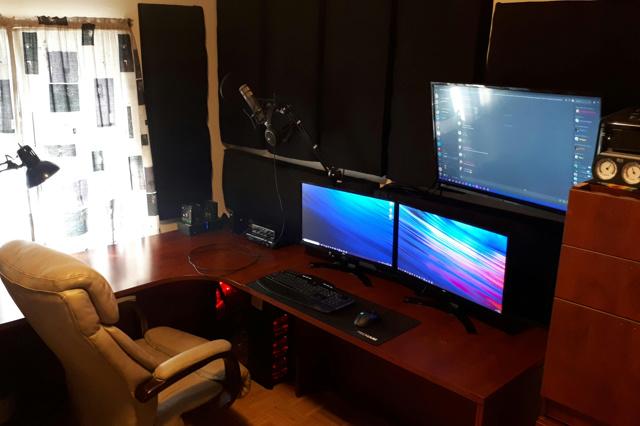 PC_Desk_152_47.jpg