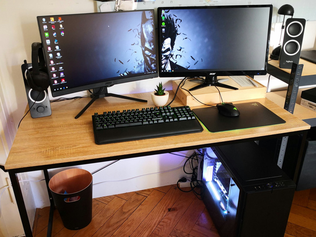 PC_Desk_152_56.jpg