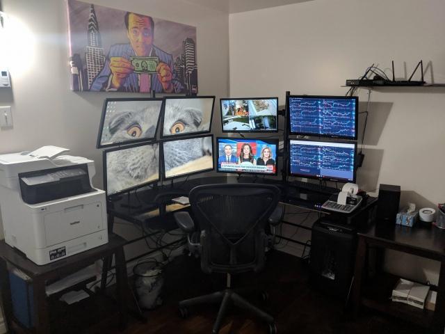 PC_Desk_152_57.jpg