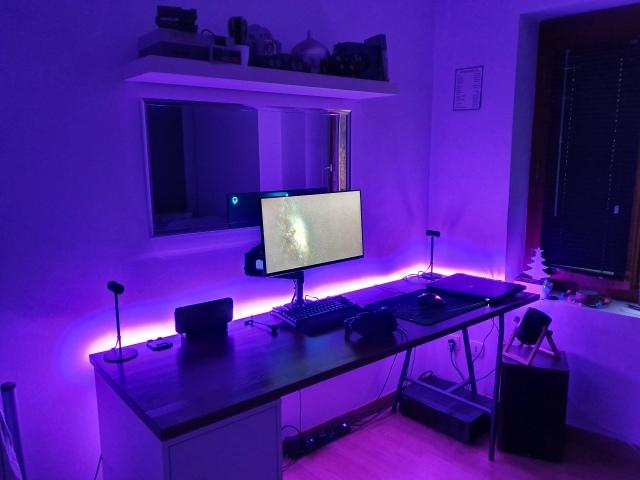 PC_Desk_152_77.jpg
