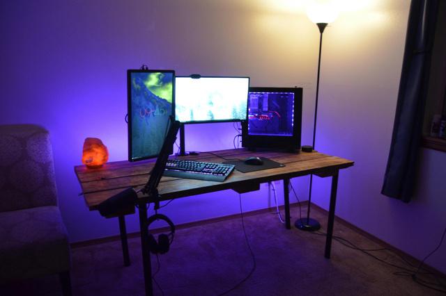 PC_Desk_152_91.jpg