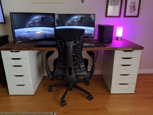 PC_Desk_153_15.jpg