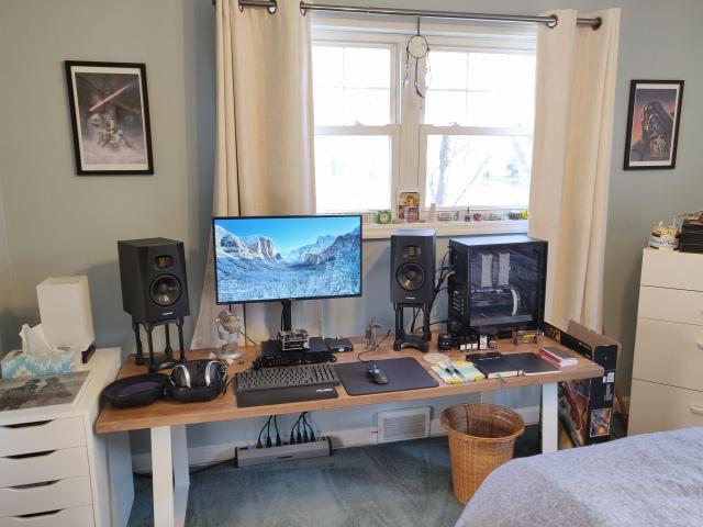 PC_Desk_153_36.jpg