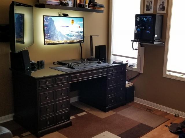 PC_Desk_153_38.jpg