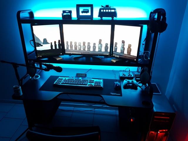 PC_Desk_153_55.jpg