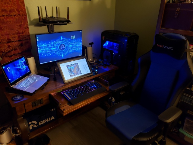 PC_Desk_153_64.jpg