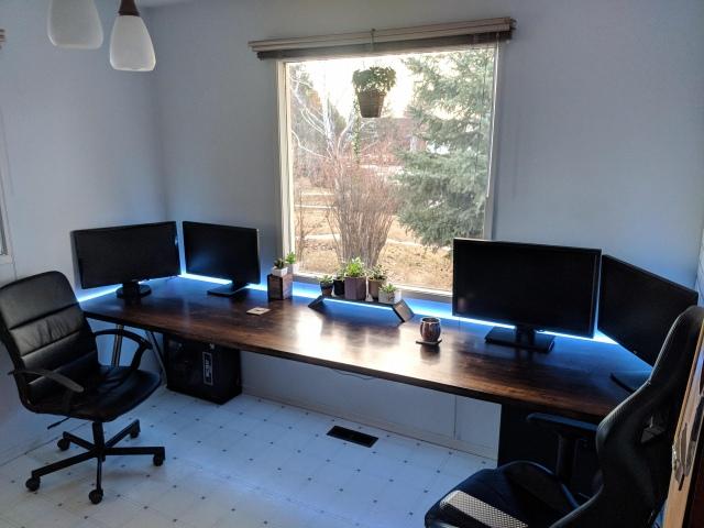 PC_Desk_153_75.jpg