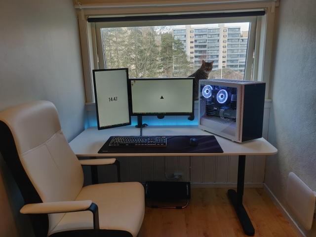 PC_Desk_153_80.jpg