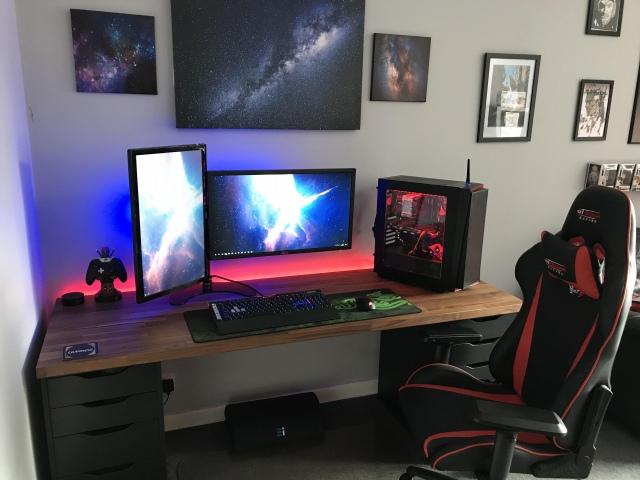 PC_Desk_153_81.jpg