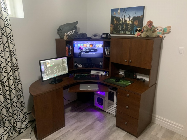 PC_Desk_153_82.jpg
