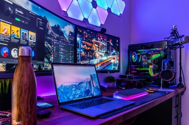 PC_Desk_153_89.jpg