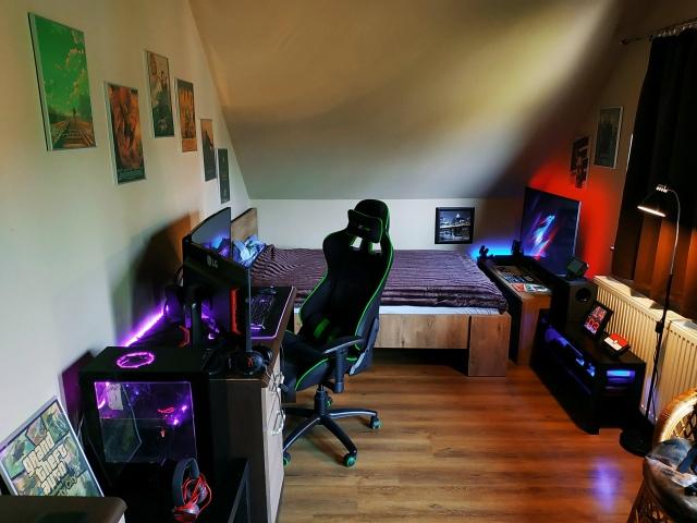 PC_Desk_153_96.jpg