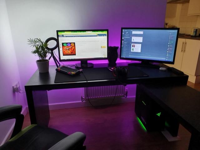 PC_Desk_154_100.jpg