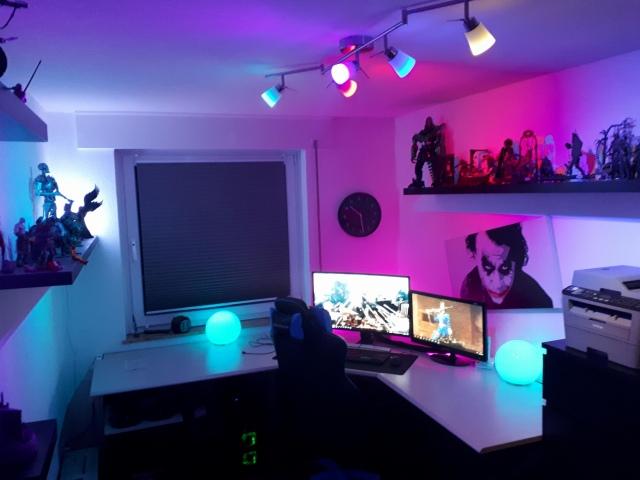 PC_Desk_154_12.jpg