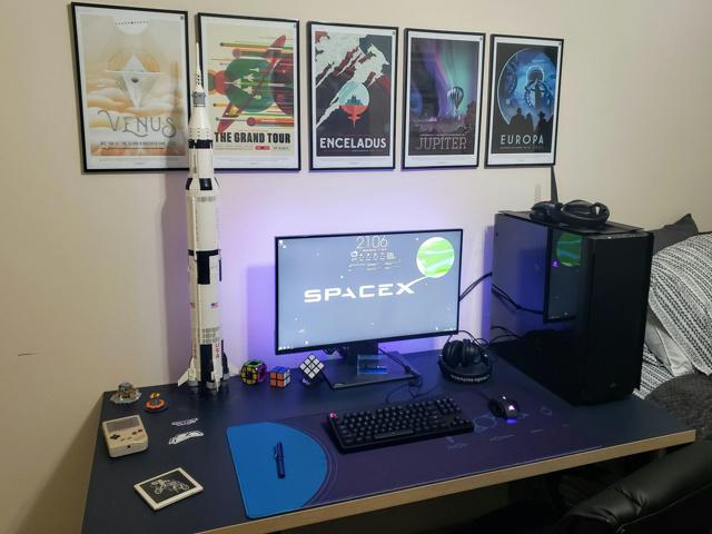PC_Desk_154_29.jpg