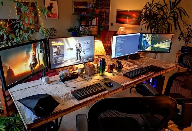 PC_Desk_154_36.jpg