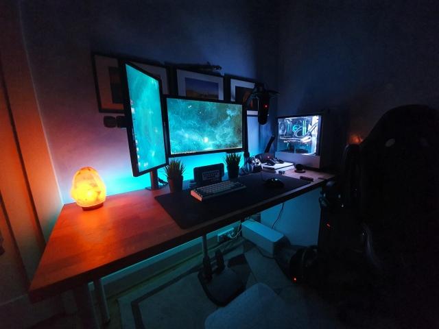 PC_Desk_154_59.jpg