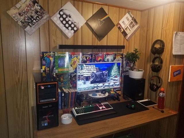 PC_Desk_154_65.jpg