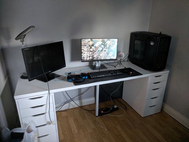 PC_Desk_154_68.jpg