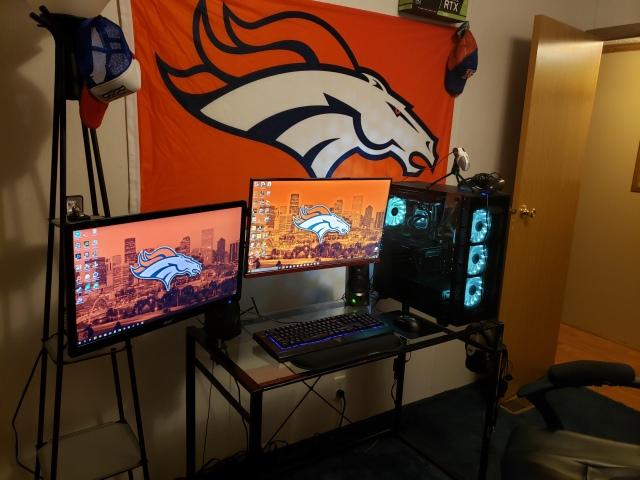 PC_Desk_154_74.jpg