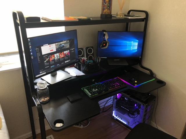 PC_Desk_154_82.jpg