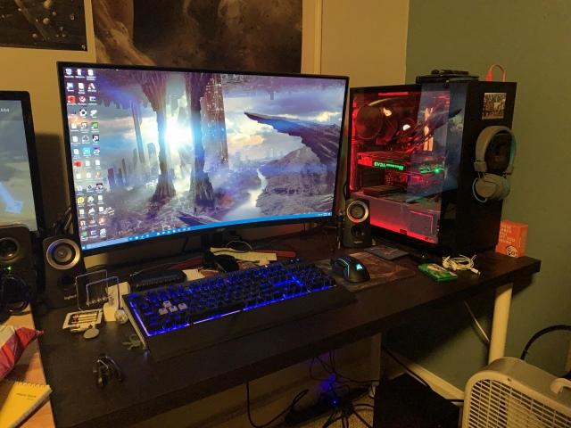 PC_Desk_155_18.jpg