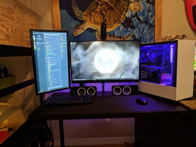 PC_Desk_155_35.jpg